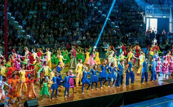 15. Internationales Welt-Kindertheater-Fest startet in 14 Tagen in Lingen - Eröffnungsfeier in Lingen beim Welt-Kindertheater-Fest 2014. Foto: Stadt Lingen