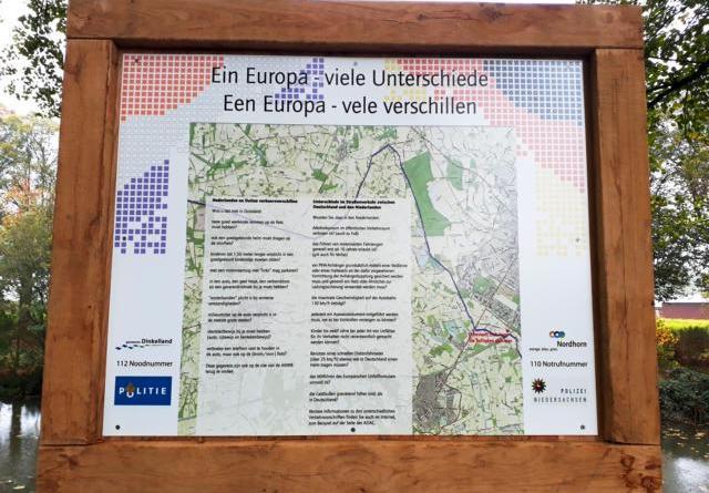 Ein Europa, viele Unterschiede im Straßenverkehr - Mit Schildern soll Missverständnissen vorgebeugt werden Foto': Stadt Nordhorn
