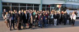 Das Foto (Stadt Nordhorn) zeigt die Teilnehmerinnen und Teilnehmer der Jugendbegegnung 2017 in Montivilliers. Foto: Stadt Nordhorn