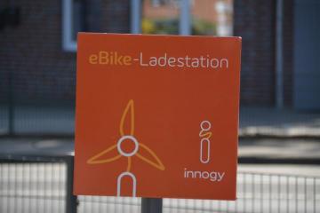 """Neue E-Bike Ladestation in Geeste - Kiosk """"EinLaden"""" setzt Wünsche um  Foto: NordNews.de"""