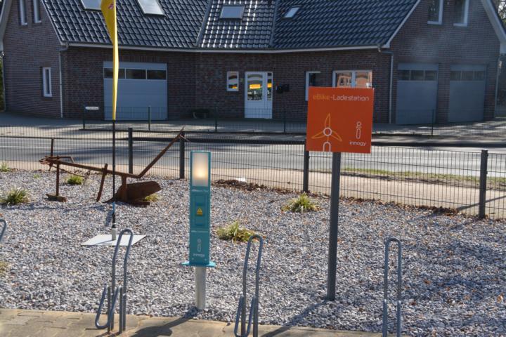 """Neue E-Bike Ladestation in Geeste - Kiost """"EinLaden"""" setzt Wünsche um Foto: NordNews.de"""