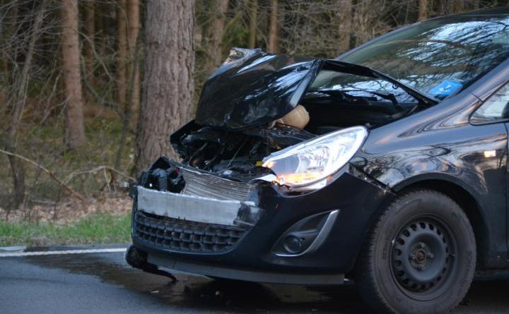 Meppen - Unfall auf der B 70 Höhe Hemsen eine Person verletzt Foto: NordNews.de