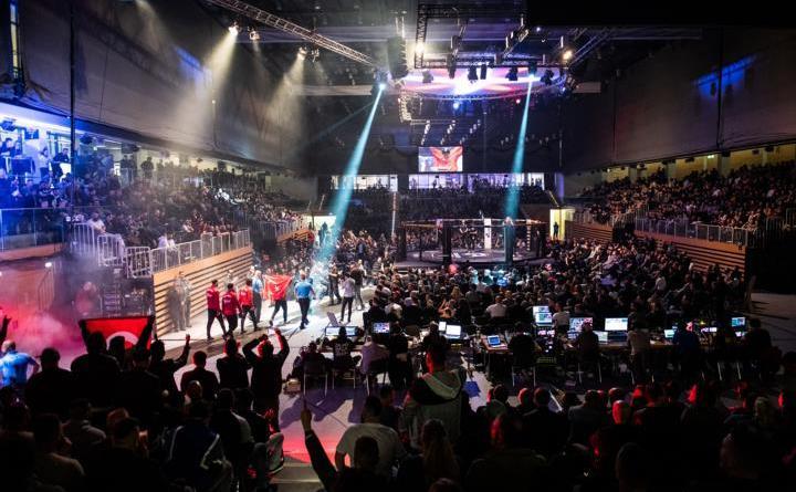 WE LOVE MMA 47 Düsseldorf 12 packende Cagefights inklusive der Nachwuchs Titelkämpfe brachten das Publikum im CASTELLO zum Kochen Fotocredit: We Love MMA/Nazariy Kryvosheyev