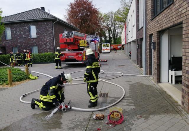 Lingen AKTUELL - Feuerwehreinsatz in der Scharnhorststraße Foto: NordNews.de
