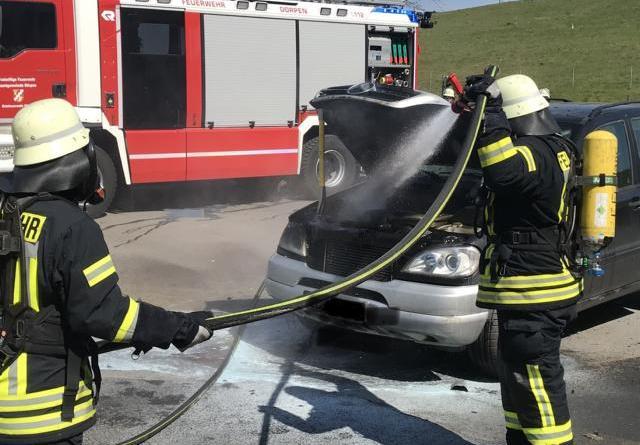 PKW fängt auf der Zentraldeponie in Dörpen Feuer Foto: Samtgemeinde Dörpen / Feuerwehr