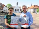 Mit der Aktionswoche FairSpeisen wollen Uta van Roje und Holger Berentzen zu einem nachhaltigeren und bewussteren Umgang mit Lebensmitteln anregen. Foto: Stadt Lingen