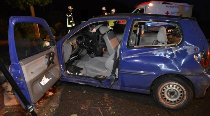 Osterbrock - Spektakulärer Unfall auf der Bawinkeler Straße - 25-jähriger leicht verletzt. Foto: NordNews.de