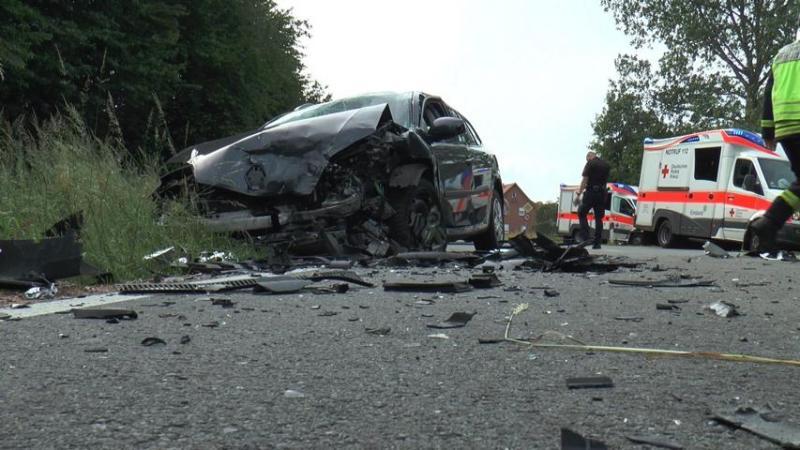 Spelle - Zwei Personen verletzt - Schwerer Verkehrsunfall - Foto: Erwin Schulze - ES Media Spelle