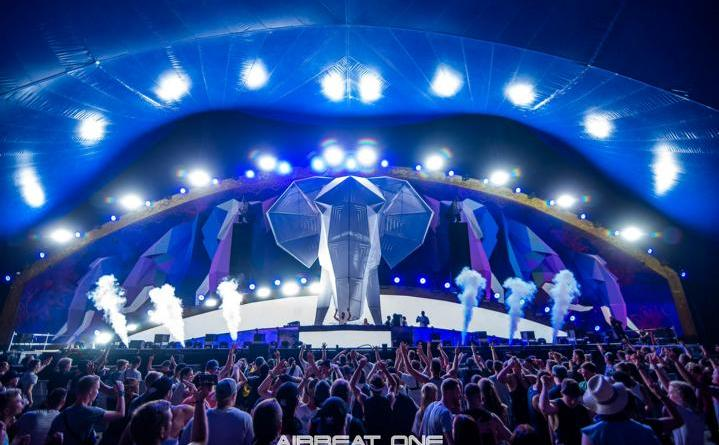 10.000 Fans feiern das Pre-Opening zum AIRBEAT ONE Festival - Foto: Steffen Schulze