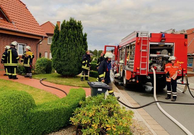 Alarm durch Rauchwarnmelder - Schmorbrand einer Matratze - Foto: SG Sögel / Feuerwehr