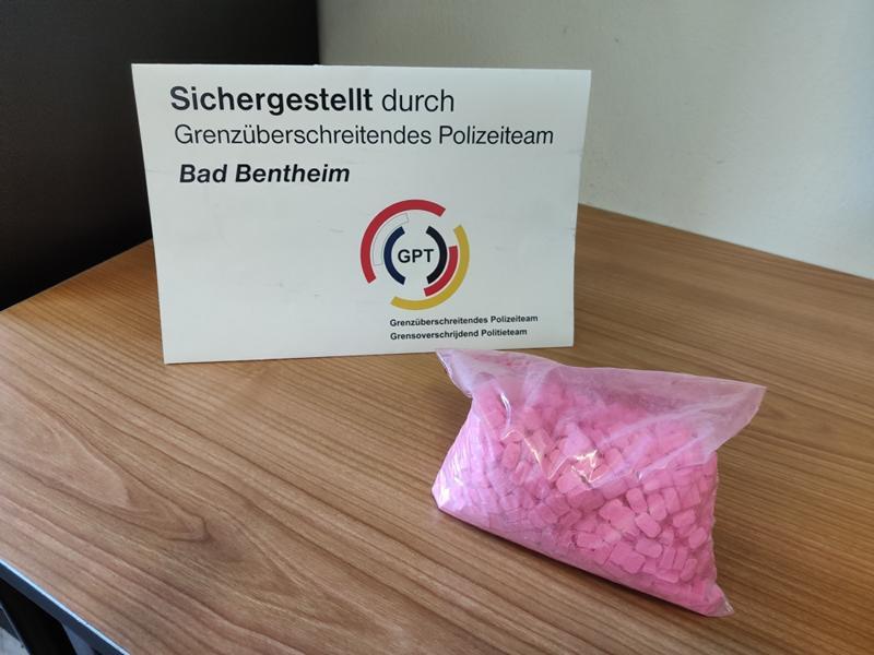 Bad Bentheim - GPT stellt 974 Ecstasy-Pillen sicher - Foto: Polizei