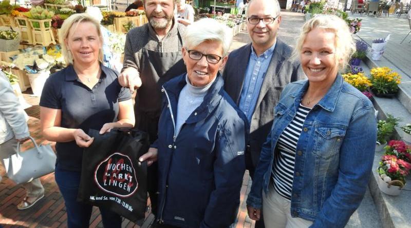 Hoffen auf viele neue Kunden (v. li.): Doris Sebastian (ILW), Albrecht Dennemann (ILW), Maria Gehrling (ILW), Frank Schöttmer und Petra Hölscher von der Stadt Lingen (Ems). Foto: Stadt Lingen