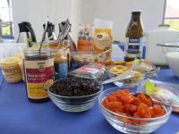 Genuss und Information beim 5. Fairen Frühstück in Lingen - Frühstücksbuffet in der Marienschule – Schüler geben Denkanstöße - Foto: Stadt Lingen