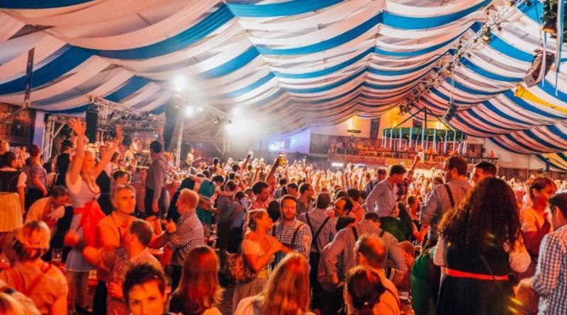 Das Programm beim 13. Münsteraner Oktoberfest - Foto: Rene Meyer