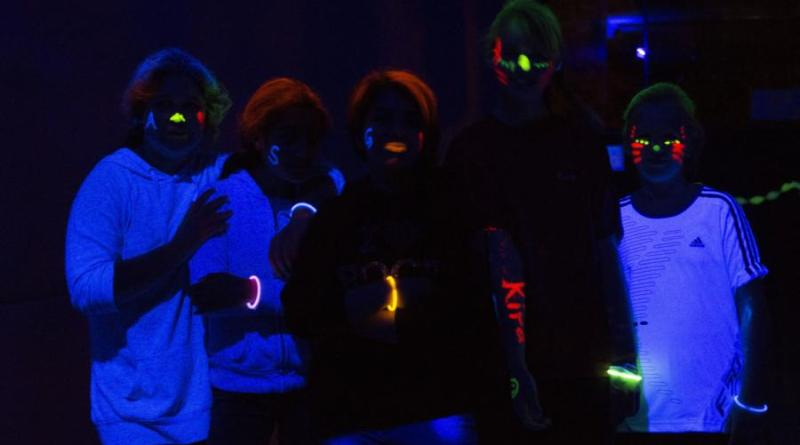 Blacklight-Disco im Jugendzentrum - Foto: Stadt Nordhorn