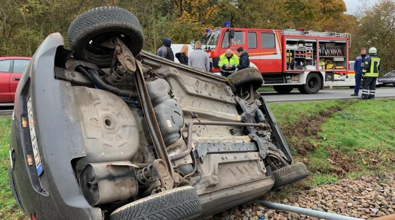 Verkehrsunfall in Sögel-Waldhöfe - Informationen der Feuerwehr - Foto: SG Sögel - Feuerwehr