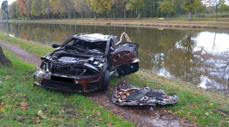 Lingen - Gestohlener Skoda Octavia S im Kanal aufgefunden - Foto: Polizei