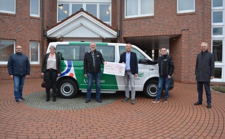 Elektro Stüwe GmbH spendet für das Geeste Mobil - Einzelfahrten seit Dezember wieder möglich