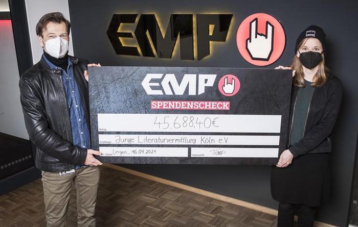 Charity-Aktion von EMP und #handforahand bringt hohe Spendensumme für Freiberufler*innen im Kulturbetrieb ein