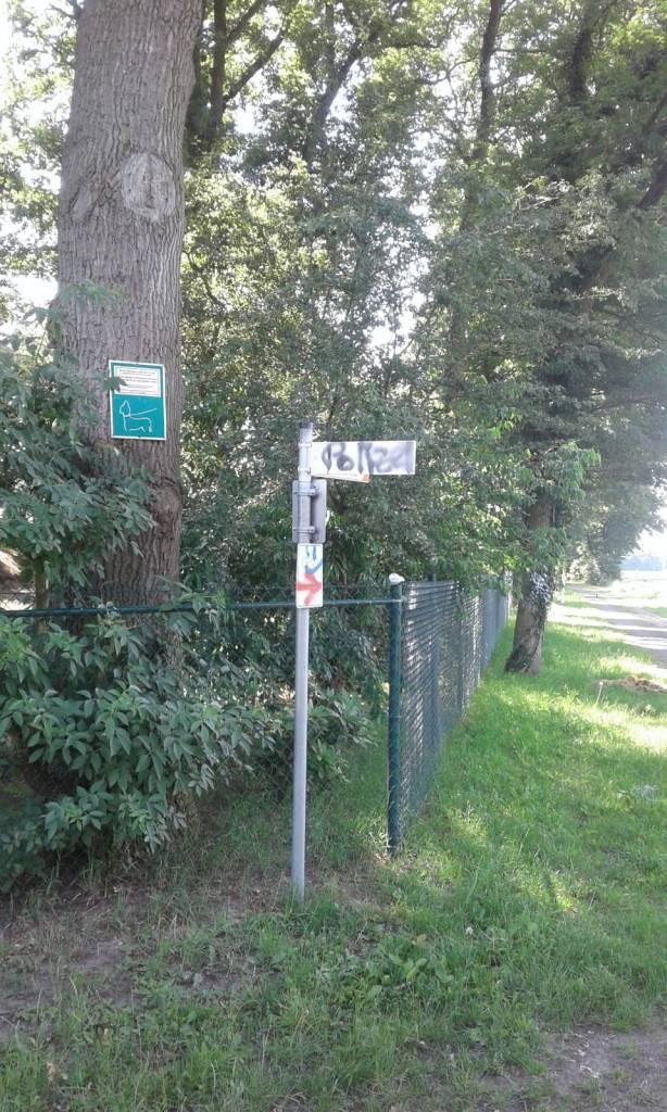 Vandalismus mit Farbschmierereien in Ringe - Man fragt sich, was das soll? - Foto: Samtgemeinde Emlichheim