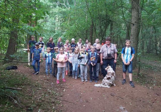 Die heimische Flora und Fauna im Tinner Loh war auch im Harener Ferienpass 2021 ein Thema für die Kinder. Foto: Birgit Pohl.