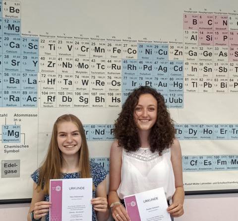 """""""Chemie - die stimmt!"""" - Erfolgreiche Teilnahme von Schülerinnen des Gymnasiums Nordhorn - Foto: Kerstin Wörsdörfer"""