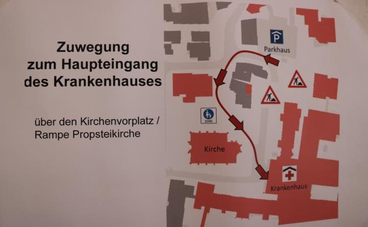 Zuwegung zum Haupteingang des Ludmillenstiftes - Parkhaus Domhof - Foto: Stadt Meppen