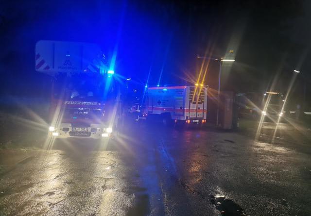 """Lingen - Feuerwehreinsatz am """"Tanklager"""" in Brögbern - Foto: NordNews.de"""