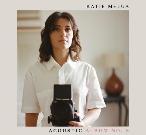 """KATIE MELUA kündigt akustik Version ihres gefeierten """"Album No.8"""" an und veröffentlicht """"Remind Me To Forget"""" feat. Simon Goff"""