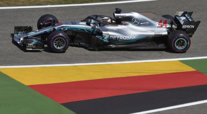 Hamilton sale in cattedra ad Hockenheim, Vettel dietro la lavagna