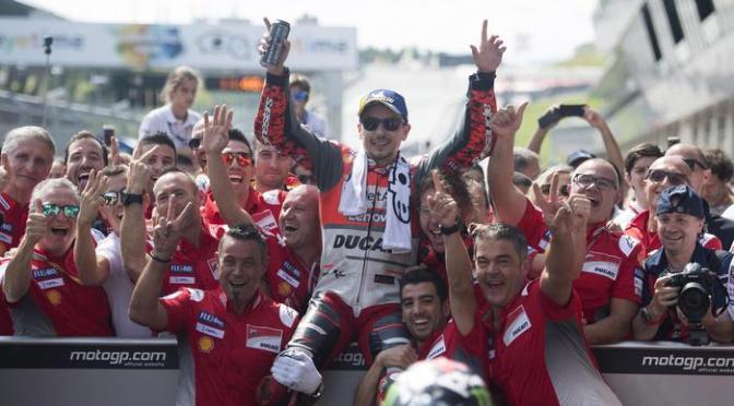 Zeltweg: Lorenzo fa la voce grossa, Ducati fa tris