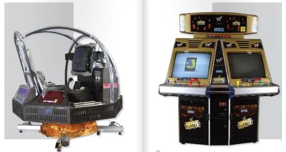 Esta é a famosa R-360 e ao lado um Arcade do game WWF
