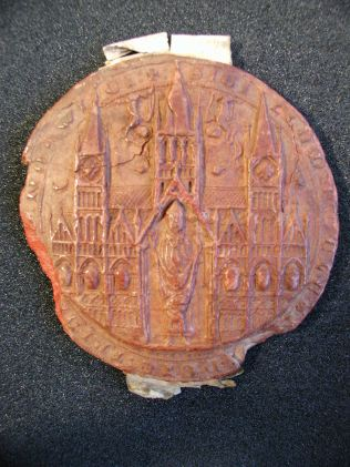 A double-sided seal from red wax, impressed from the seal matrix. NRO: DCN 129/2
