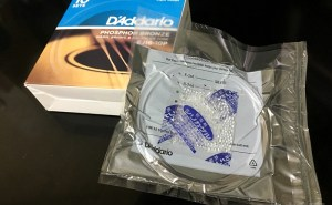 D'Addario EJ16の真空パックの完成 【錆びさせない方法】ダダリオ EJ16 12-53 D'Addario Phosphor Bronze Light アコギ弦