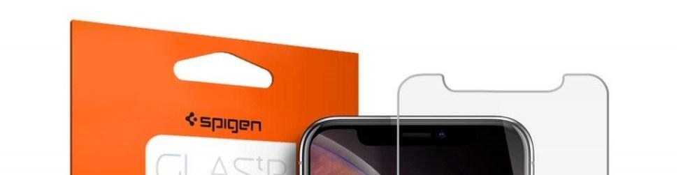 Spigen 全面保護フィルム ガラスフィルムはカメラの部分もしっかり覆ってくれて傷がつかない 【徹底解説】iPhone XS Max 液晶保護フィルムは「Spigen ガラスフィルム FC HD Black」がオススメ! ケースとの干渉もなく指紋も付かずいつでもサラサラで衝撃に強く傷もつかない安心のブランド!
