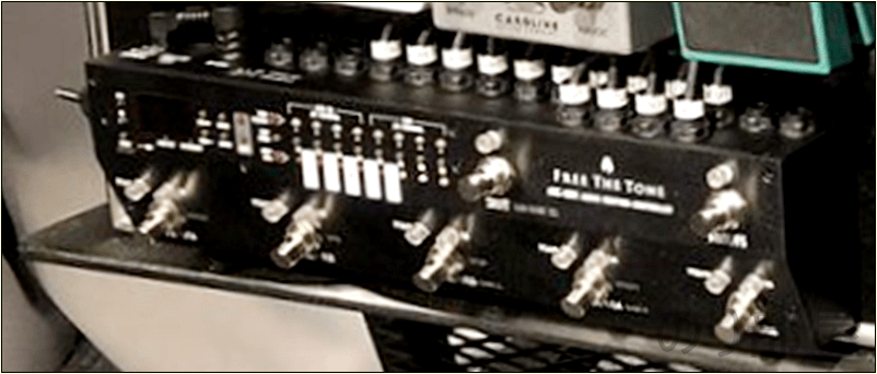 Free The Tone ARC-53M AUDIO ROUTING CONTROLLER -BLACK COLOR MODEL- 綾野剛(The XXXXXX)さんの ツマミ・ノブの位置【徹底紹介】綾野剛のエフェクターボード・機材を解析!ツマミ・ノブの位置も分かる!ギターを支える機材の数々を紹介!ギター。 #綾野剛 #thexxxxxx #ザシックス【金額一覧】