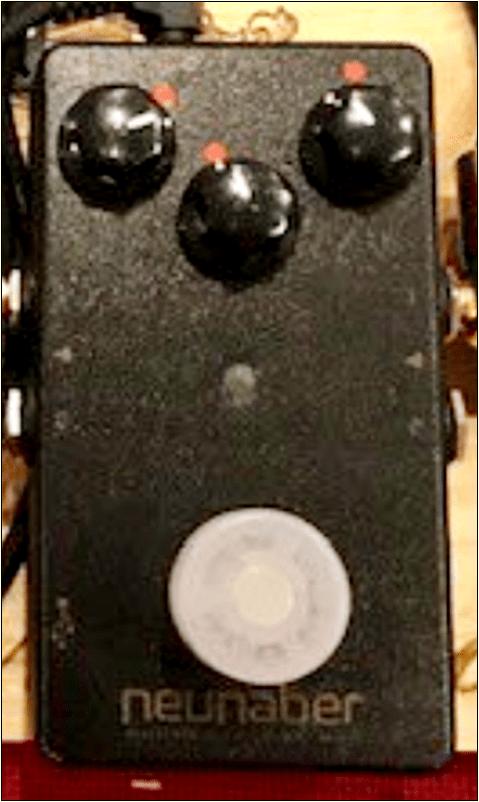 Neunaber Audio Effects ( ヌーネイバーオーディオエフェクツ ) / Slate v2【マルチエフェクター】【徹底紹介】ホリエアツシ(ストレイテナー)のエフェクターボード・機材(アコギ用)を解析!ツマミ・ノブの位置も分かる!ギターを支える足元の機材の数々を紹介! #ホリエアツシ #ギター #アコギ #エフェクター【金額一覧】