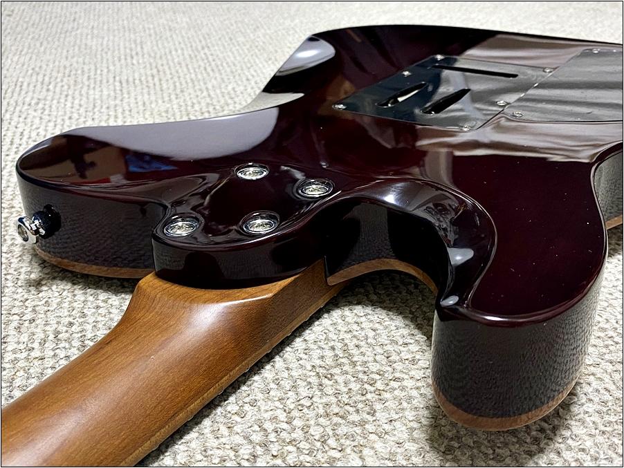Harley Bentonのギターのネックジョイントも斜めになっていて弾きやすい! Harley Bentonのギターが圧倒的に良い!安くてコスパが良すぎました。【Fusion-T HH Roasted FNT Guitar】