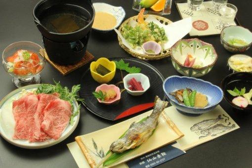 旅館仙山乗鞍の料理の一例
