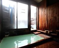 乗鞍ライジングサン湯楽里の浴室