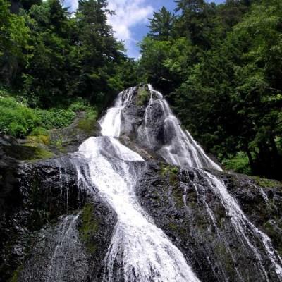 三本滝のクロイ沢
