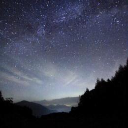 三本滝駐車場からの星空