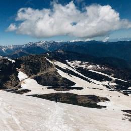 残雪の乗鞍岳で遊ぶ