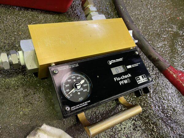 油圧流量計