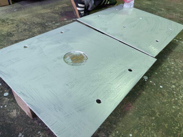 組立受圧板