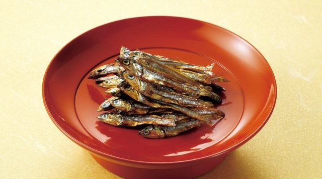 おせち レシピごまめ 田作り プロ レシピ 名前の由来 電子レンジ ひっつかない コツ 土鍋 フライパン 保存方法 期間