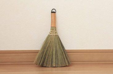 100均 掃除道具 掃除グッズ 大掃除 セリア 掃除機ノズル ベランダ