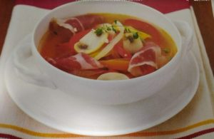 デトックススープ レシピ 地中海式スープ 地中海式ダイエット パプリカ ガーリックスープ スペイン 料理 作り方 痩せるスープ 痩せる 食事 カロリー 効果 人気 作り方 ダイエット 代謝 促進 具材 便秘解消 置き換え