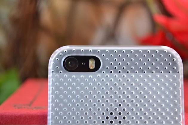 パンチングのラバーコーティングケースiPhone5s2