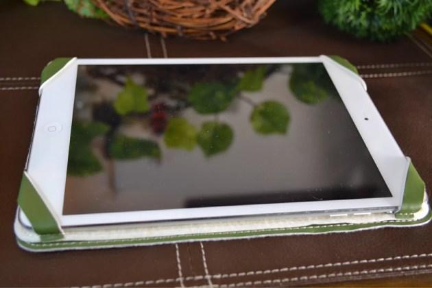 iPad miniの超軽量カバー装着9